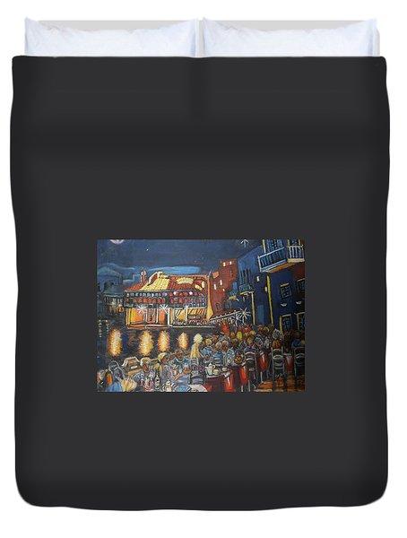 Cafe Scene At Night Duvet Cover