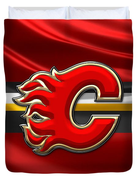 Calgary Flames - 3d Badge Over Flag Duvet Cover