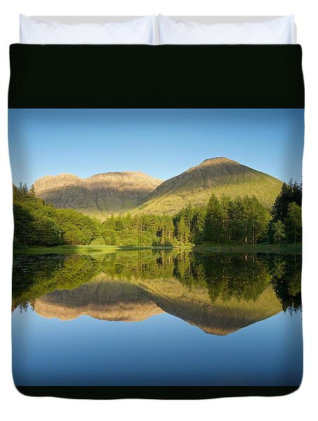Californian Summer In Glencoe Duvet Cover