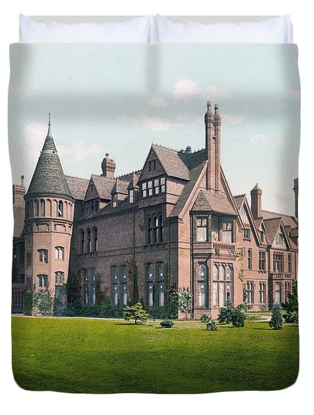 Cambridge - England - Girton College Duvet Cover