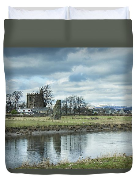 Cambuskenneth Abbey And The River Forth Duvet Cover