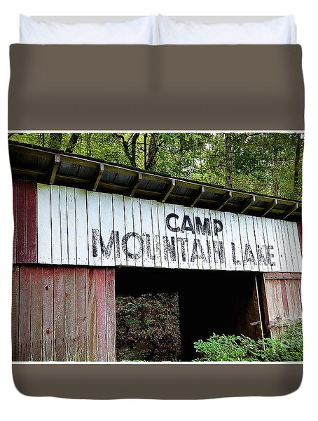 Camp Mountain Lake Horse Stables - Vintage America Duvet Cover