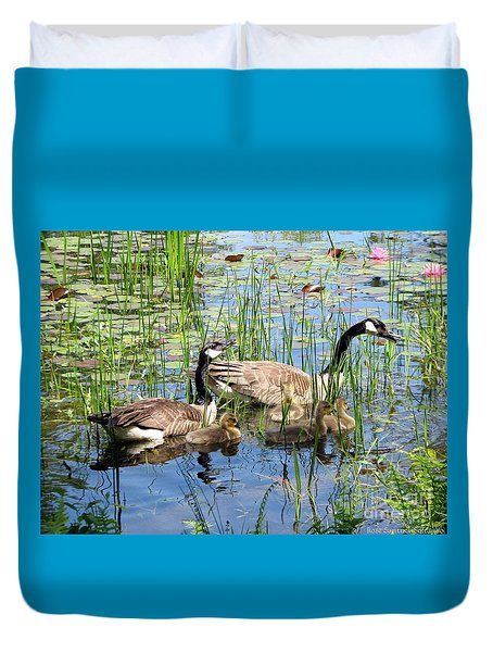 Canada Geese Family On Lily Pond Duvet Cover