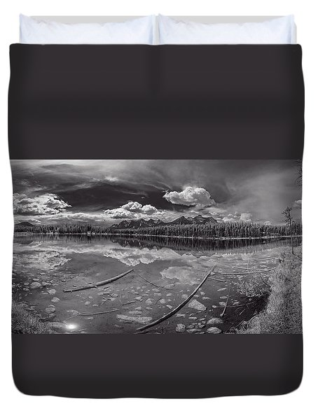 Canadian Beauty 1 Duvet Cover by Thomas Born