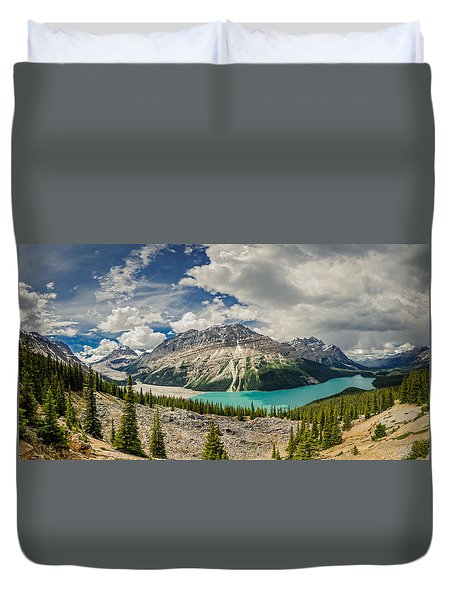 Canadian Beauty 3 Duvet Cover by Thomas Born