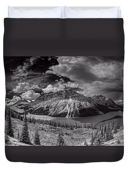 Canadian Beauty 4 Duvet Cover by Thomas Born