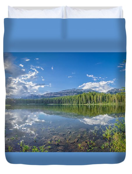 Canadian Beauty 5 Duvet Cover by Thomas Born