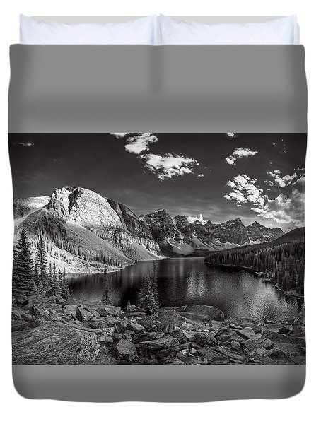 Canadian Beauty 6 Duvet Cover by Thomas Born
