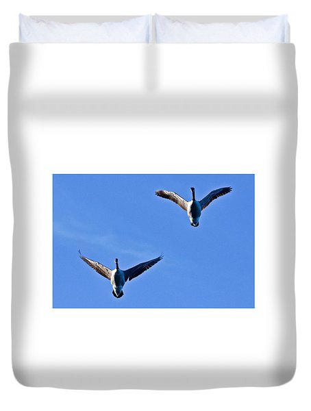 Duvet Cover featuring the photograph Canadian Geese 1644 by Michael Peychich
