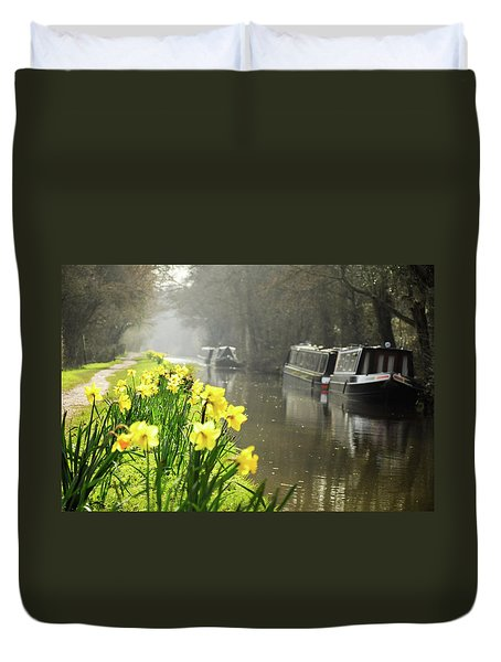 Canalside Daffodils Duvet Cover