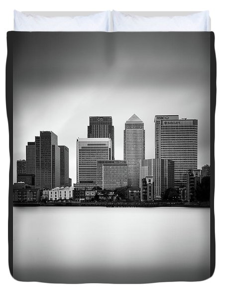 Canary Wharf II, London Duvet Cover by Ivo Kerssemakers