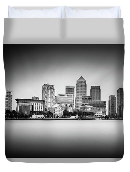 Canary Wharf, London Duvet Cover by Ivo Kerssemakers