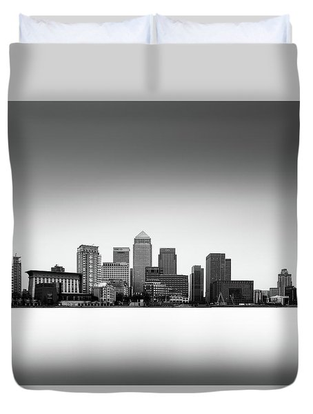 Canary Wharf Skyline Duvet Cover by Ivo Kerssemakers