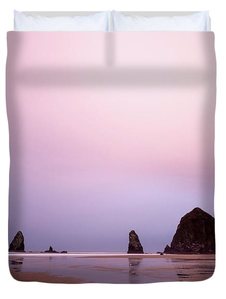 Cannon Beach In The Early Morning Blue Light Duvet Cover