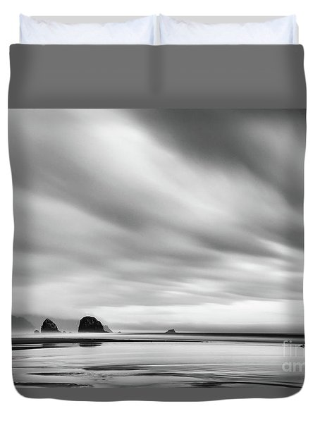 Cannon Beach Long Exposure Sunrise In Black And White Duvet Cover