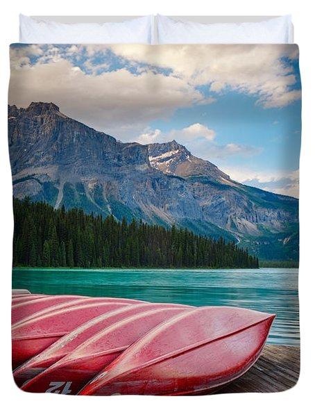 Canoes At Emerald Lake In Yoho National Park Duvet Cover