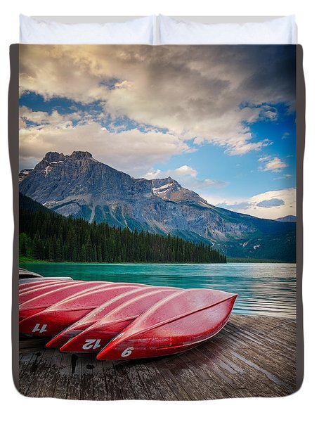 Canoes At Emerald Lake In Yoho National Park Duvet Cover