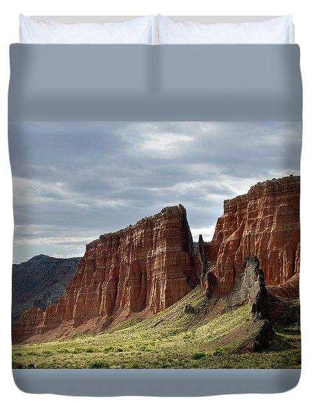 Capital Reef-cathedral Valley 9 Duvet Cover