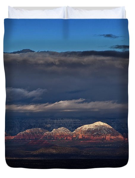 Capitol Butte In Sedona With Snow Duvet Cover