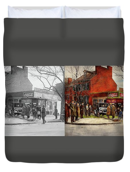 Duvet Cover featuring the photograph Car - Accident - Looking Out For Number One 1921 - Side By Side by Mike Savad