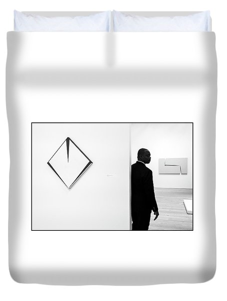 Carmen Herrera At The Whitney 1 Bw Duvet Cover