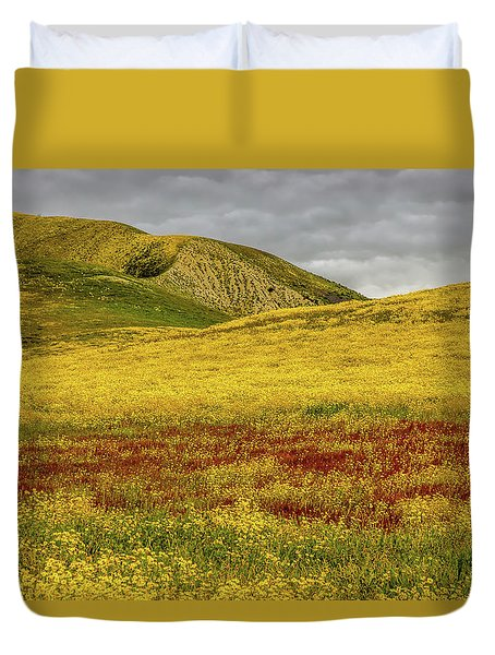 Duvet Cover featuring the photograph Carrizo  Plain Super Bloom 2017 by Peter Tellone