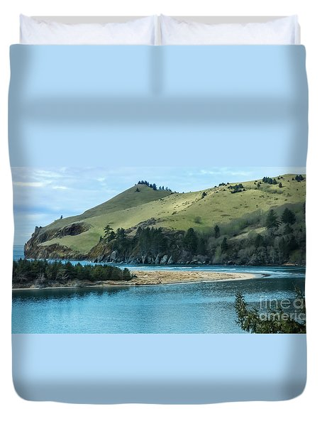 Cascade Head Panorama Duvet Cover