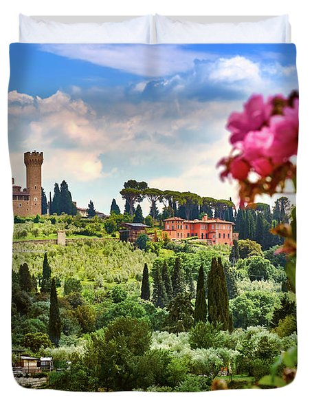 Roses And Castle On Green Tuscan Landscape In Florence, Italy Duvet Cover