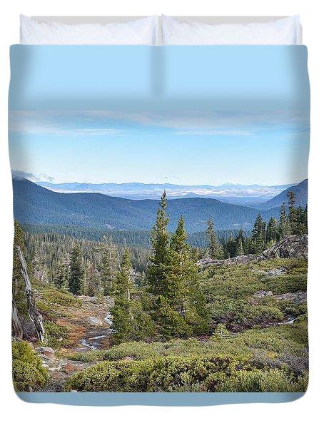 Castle Lake Trail Duvet Cover