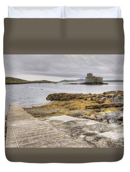 Castlebay In Barra Duvet Cover by Ray Devlin