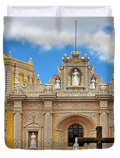 Cathedral In Antigua, Guatemala Duvet Cover