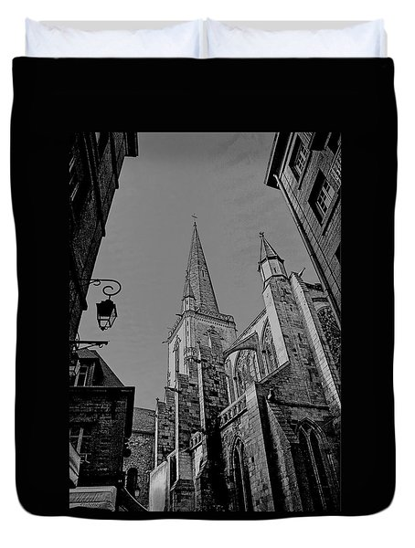 Duvet Cover featuring the photograph Cathedrale St. Vincent  by Elf Evans