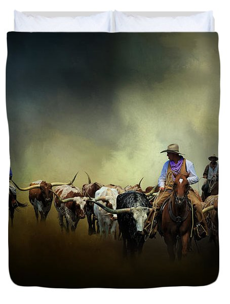 Cattle Drive At Dawn Duvet Cover