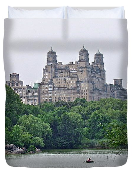 Duvet Cover featuring the photograph Central Park by Carol  Bradley
