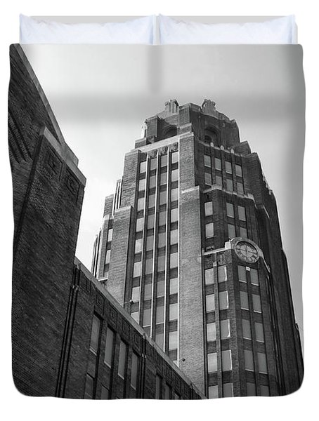 Duvet Cover featuring the photograph Central Terminal 15142 by Guy Whiteley