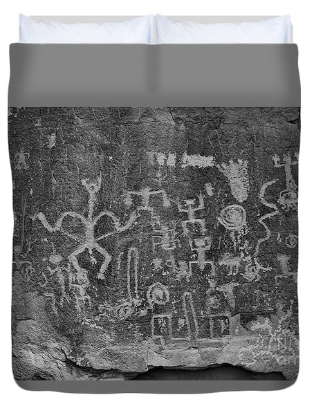 Duvet Cover featuring the photograph Chaco Canyon Petroglyphs Black And White by Adam Jewell