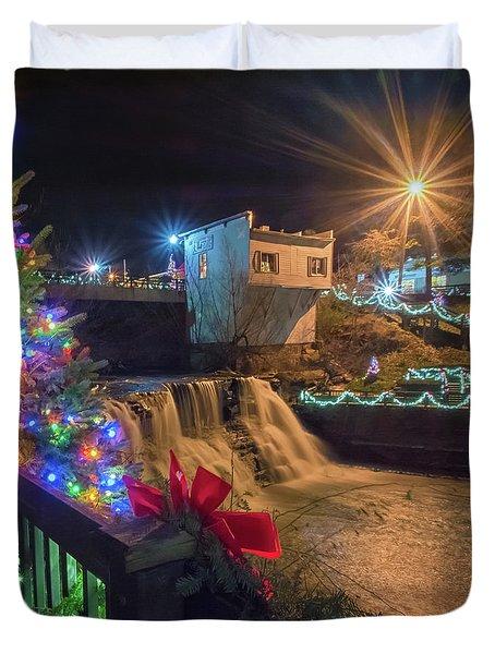 Chagrin Falls At Christmas Duvet Cover