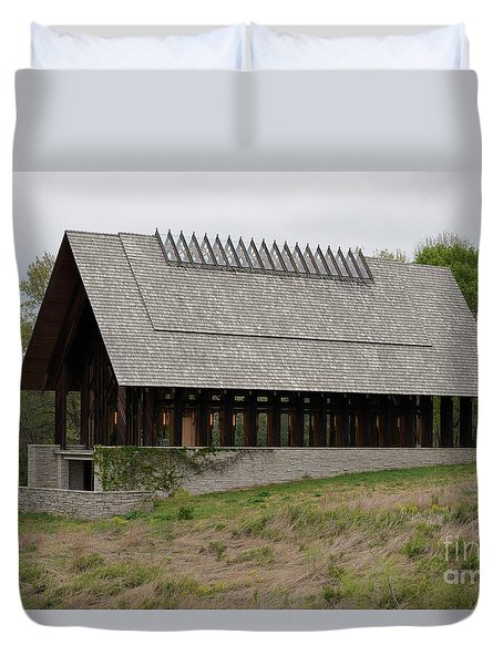 Duvet Cover featuring the photograph Chapel At Powell Gardens by Mark McReynolds
