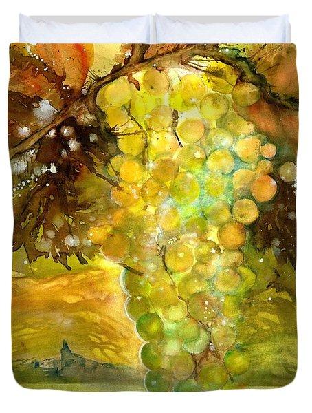 Chardonnay Grapes In Sunlight Duvet Cover