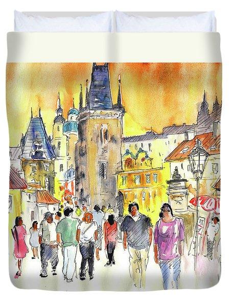 Charles Bridge In Prague In The Czech Republic Duvet Cover by Miki De Goodaboom