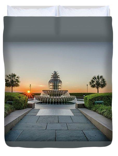 Charleston Pineapple Fountain At Sunrise Duvet Cover