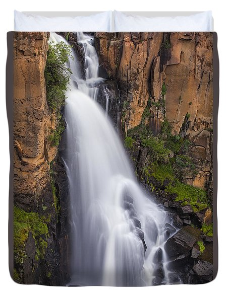 Chasing Waterfalls Duvet Cover by Tim Reaves