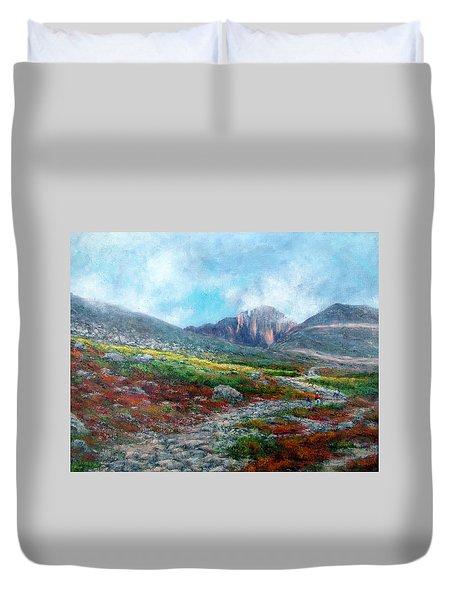 Chasm Lake Trail Duvet Cover