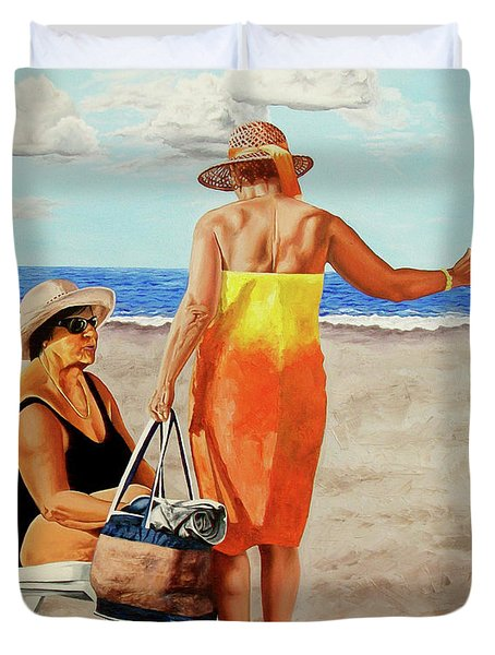 Chat On The Beach - Chat En La Playa Duvet Cover