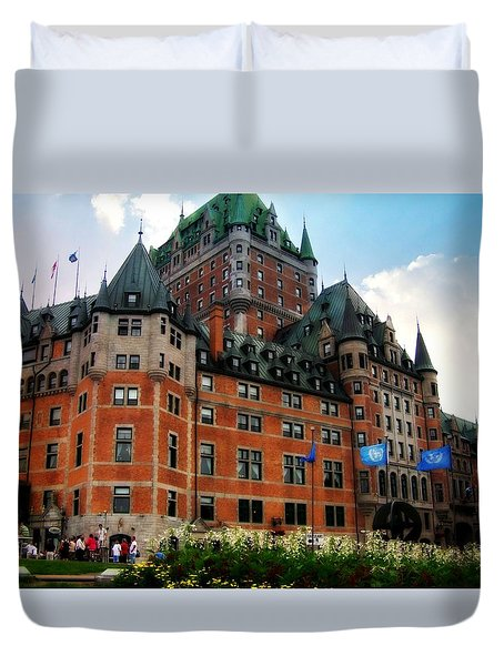 Duvet Cover featuring the photograph Chateau Frontenac by Robin Regan