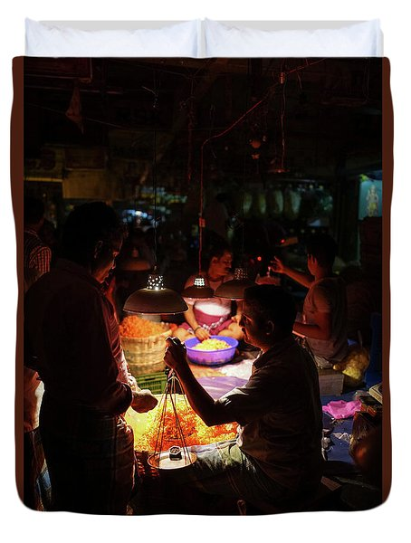 Duvet Cover featuring the photograph Chennai Flower Market Transaction by Mike Reid