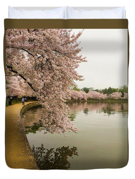 Cherry Blossoms Along The Tidal Basin 8x10 Duvet Cover