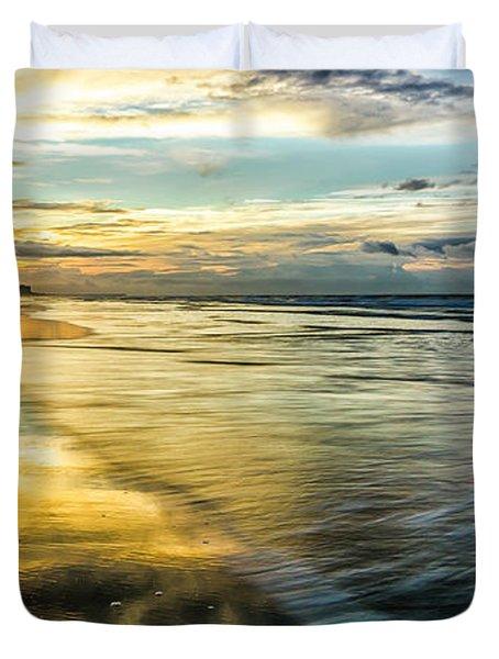 Cherry Grove Golden Shimmer Duvet Cover