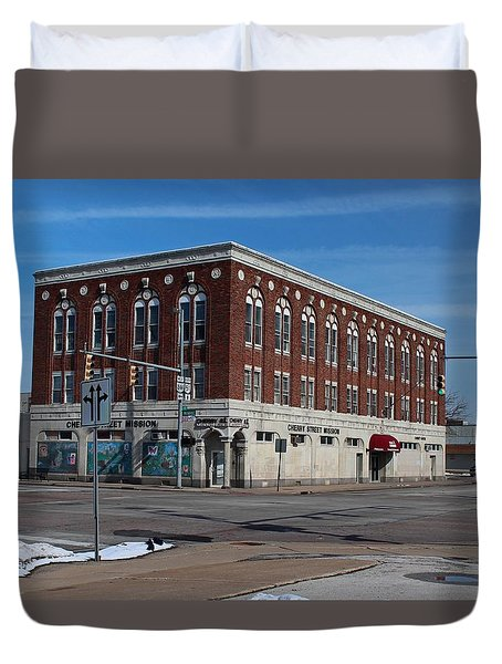 Cherry Street Mission In Winter Duvet Cover