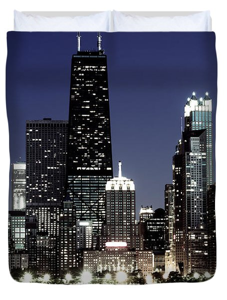Chicago At Night High Resolution Duvet Cover by Paul Velgos